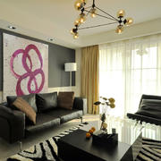 小户型客厅黑色沙发