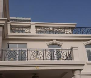 2016唯美的欧式大户型阳台护栏装修效果图鉴赏