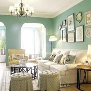 家装客厅舒适沙发