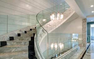 大户型豪华别墅楼梯