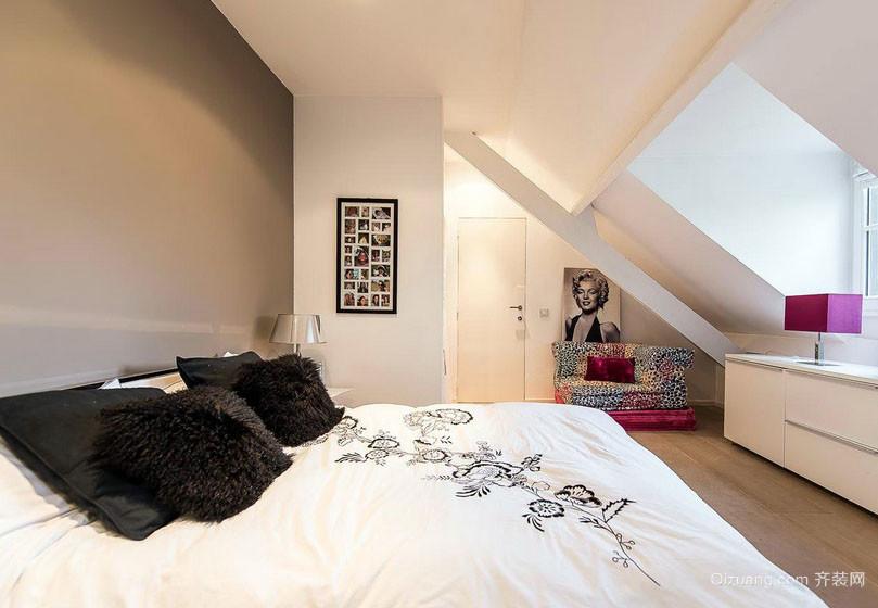 都市时尚17平米阁楼卧室装修效果图大全