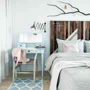 北欧卧室床头柜欣赏