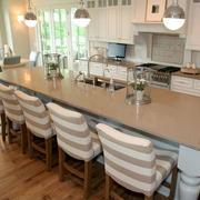 简约田园开放式厨房吧台装修效果图