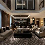 深色系客厅设计