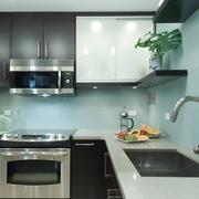 家居实用型厨房欣赏