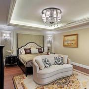 现代美式风格大卧室吊顶设计装修效果图
