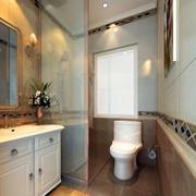 65平米宜家小户型卫生间玻璃隔断效果图