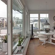 舒适简约小复式楼阳台玻璃隔断效果图