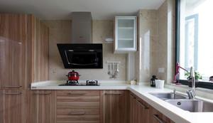 实用型:原木色大厨房实木橱柜效果图