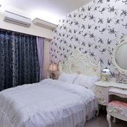 优雅小卧室装修展示