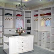 现代衣柜造型图设计