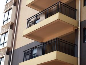 高级小区阳台简约铁艺护栏装修效果图