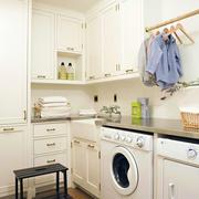 厨房实用橱柜装饰