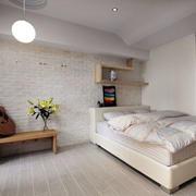简洁干净卧室展示