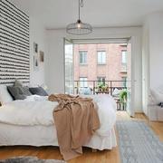 卧室小阳台玻璃门设计