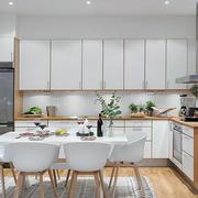 厨房整体白色橱柜欣赏