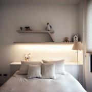 房子小卧室床头欣赏