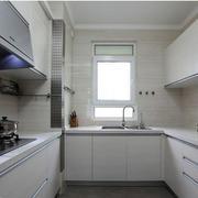 白色干净厨房图片