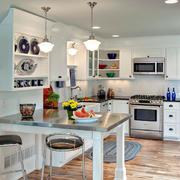 宜家方便的厨房图片