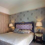 精美的床头背景墙