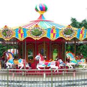游乐园旋转木马欣赏