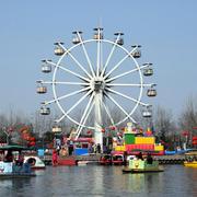 游乐园轮船欣赏