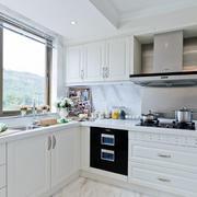 2016欧式风格大户型厨柜装修效果图实例