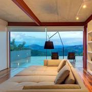 精致优美的阳台玻璃门