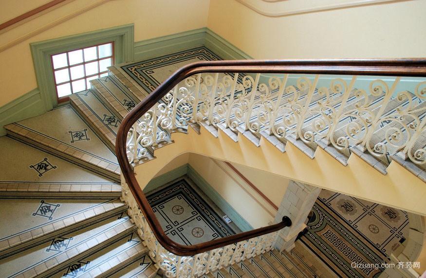 复式楼新古典楼梯地板贴图装修效果图