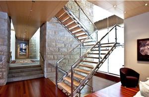 loft风格小别墅室内楼梯装修效果图