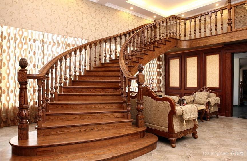180平米错层美式实木楼梯装修效果图