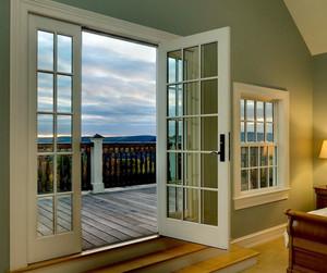 444平米别墅阳台现代隔断玻璃门图片