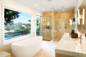 8平米卫生间精致隔断玻璃门装修图片