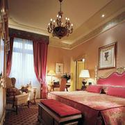 美中带甜的复古卧室