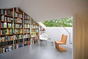 北欧风格阁楼书房个性装修样板房