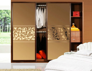 21平米卧室现代推拉门衣柜装修设计图