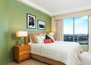 66平米公寓轻快小卧室黑白装饰画图片