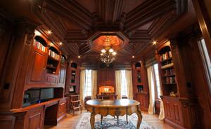 超级豪华别墅古典风格书房装修效果图