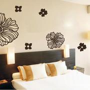 暖色调墙体设计