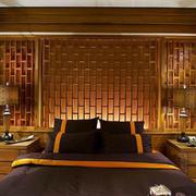 东南亚卧室床头装饰