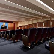 都市阶梯式的大会议室装修设计效果图