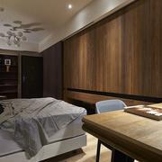 30平米小户型实木衣柜欣赏