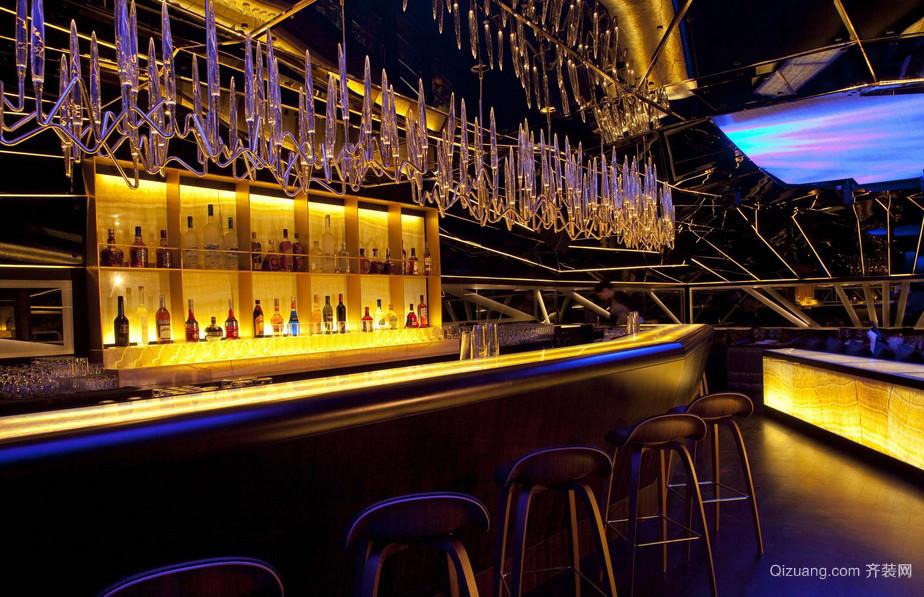 现代小酒吧吧台装修效果图