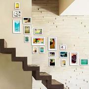 小楼梯照片墙展示