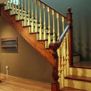 温馨暖色调楼梯欣赏