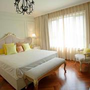 家居优雅卧室图片