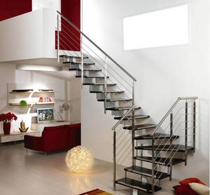 简单实用的家居小阁楼楼梯设计效果图
