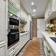 家居U字型厨房展示