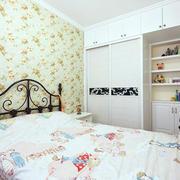 室内卧室组合衣柜