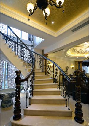 经典别墅型欧式楼梯装修效果图实例欣赏